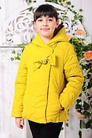 Куртка для девочки демисезонная короткая с капюшоном горчичная
