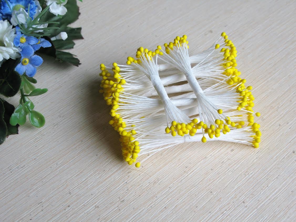 Тайские тычинки шарики, желтые,  на белой  нити, 23-25 нитей, 50 головок