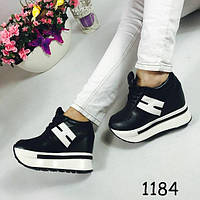 Женские кроссовки на высокой платформе черные 1184