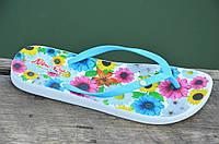Вьетнамки, шлепанцы, сланцы женские удобные голубые, цветочки легкие ЭВА. Со скидкой