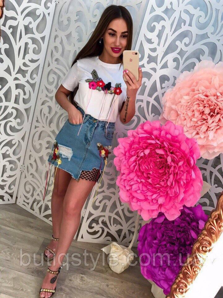 Летний женский комплект джинсовая юбка и футболка с нашивками цветы только 46 размер!