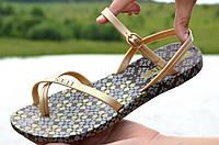 Босоножки женские силиконовые цвет бронзовый с узором легкие мягкая подошва. Топ