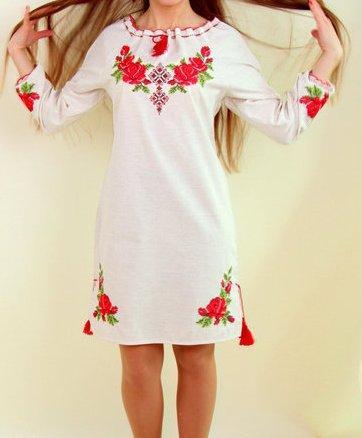 Платье лен с красивым орнаментом