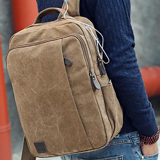 Мужской рюкзак из холстасUSB интерфейсом