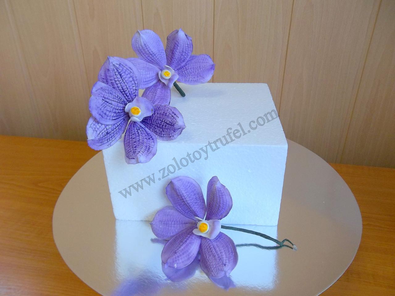 Муляж для торта из пенопласта 22*22 см h 10 см