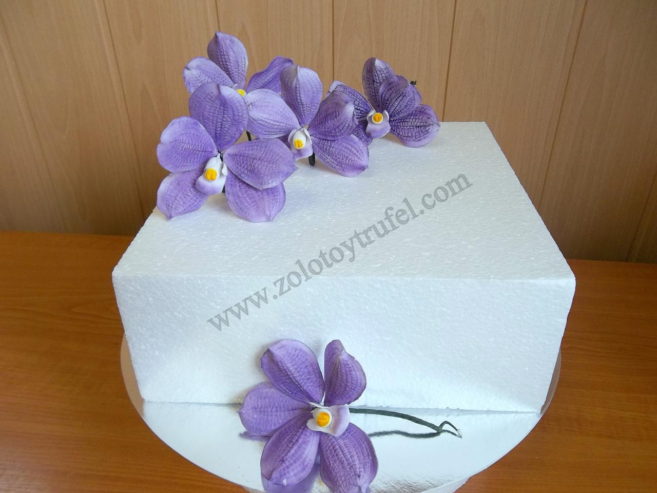 Муляж для торта из пенопласта 40*40 см h 10 см