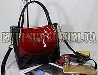 Стильная вместительная сумка с длинным ремнем (лак красный+экокожа черная)