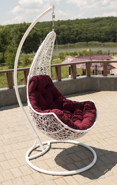 Подвесные кресла (коконы) и садовые качели
