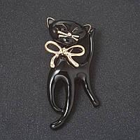 """Брошь """"Черный кот на удачу"""" с бантом , эмаль, цвет металла """"золото"""" 5,3см"""