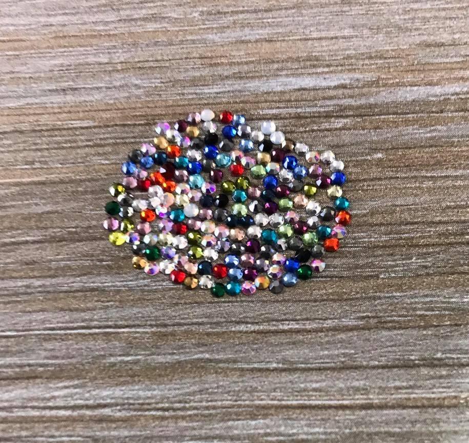 Камни Ss6 стекло 100 шт  разноцветные