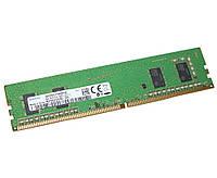Оперативная память для компьютера 4Gb DDR4, 2400 MHz, Samsung, 17-17-17, 1.2V (M378A5244CB0-CRC)