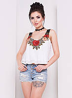 Летняя молодежная блузка белого цвета с вышивкой. Модель 16084.