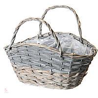 Плетеные корзины из лозы.