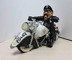 "Фігурка ""Поліцейський Байкер"" (W. Stratford)"