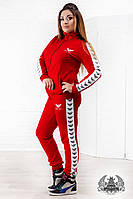 Женский спортивный костюм большого размера:кофта на спине и брюки по бокам с накатанным принтом, красный