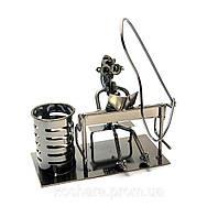 Техно-арт подставка для ручек Пианистка, металл