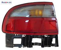 Фонарь задний Toyota Carina E седан 92-97 правый (DEPO) внешний, бело-красный