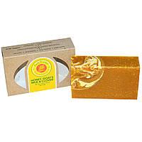 Sunfeather Soaps, Кусковое мыло с медом, козьим молоком и клевером, 121 г (4,3 унции)