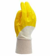 Рабочие перчатки нейлоновые с нитриловым покрытием неполный облив Doloni 4523