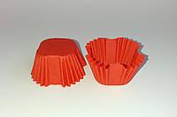 Квадратная красная бумажная форма