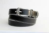 Кожаный женский ремень 25 мм чорный с белой ниткой белыми краями пряжка серебрянная