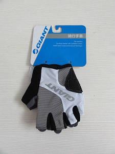 Летние перчатки Giant