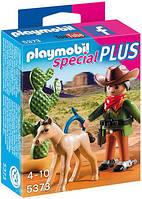Ковбой с жеребенком Playmobil 5373