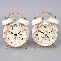 Часы - будильник TB8040