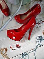 Женские туфли красный замш  высокий каблук и платформа