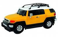Автомобиль Toyota FJ Cruiser желтый 1:26 свет звук GearMaxx (89531-1)