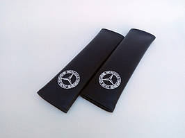 Накладки на ремни безопасности автомобиля с логотипом Mersedes