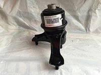 Подушка крепления двигателя правая 12362-36050