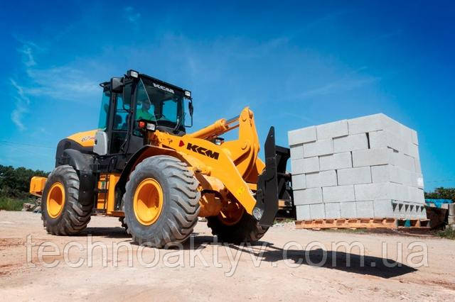 67Z7 Объем ковша 3.1-3.5yd 3 | Эксплуатационная масса 26,410 фунтов  |  Isuzu Engine / Output 152 HP | Сила разрыва 23 600 фунтов