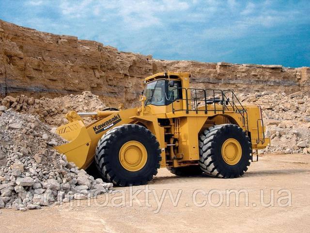 135ZV-2 Объем ковша 12,4-13,5 м 3 | Эксплуатационная масса 181,880 фунтов |  Cummins Engine / Output 720 HP | Сила разрыва 130 785 фунтов