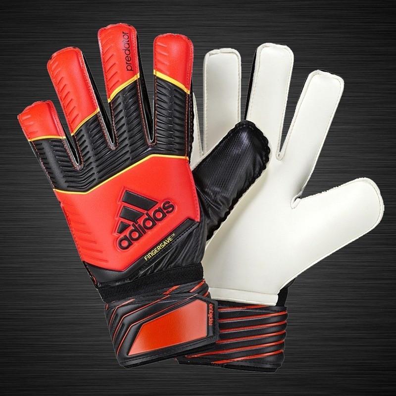 Вратарские перчатки Adidas Predator Fingersave Replique