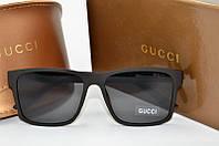 Солнцезащитные очки прямоугольные Gucci черные