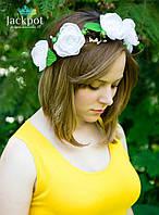 Ніжний вінок на голову з білих квітів ручна робота