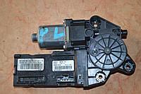 Моторчик стеклоподъемника передний левый б/у Renault Megane 3 807310004R