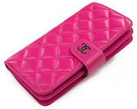 Яркий женский кошелёк из натуральной кожи Chanel; CW-801M, розовый