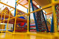 Сетка заградительная для детских площадок, лабиринтов