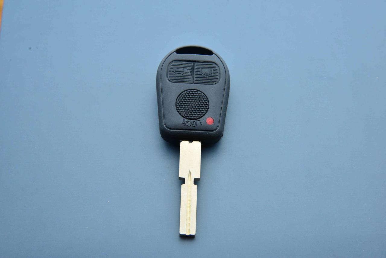 Корпус авто ключа для BMW E38, Е39, Е46 (БМВ) 3 кнопки, лезвие HU58