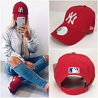 Женская бейсболка New York Yankees красная