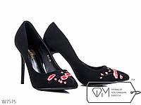 Туфли женские на шпильке с вышивкой, р 36, 37