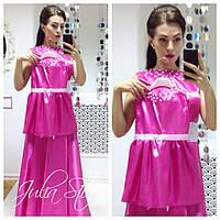 Атлосное платье в пол с жемчугом