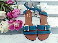 Легкие удобные женские яркие летние кожаные босоножки на тонкой подошве бирюзовые замшевые