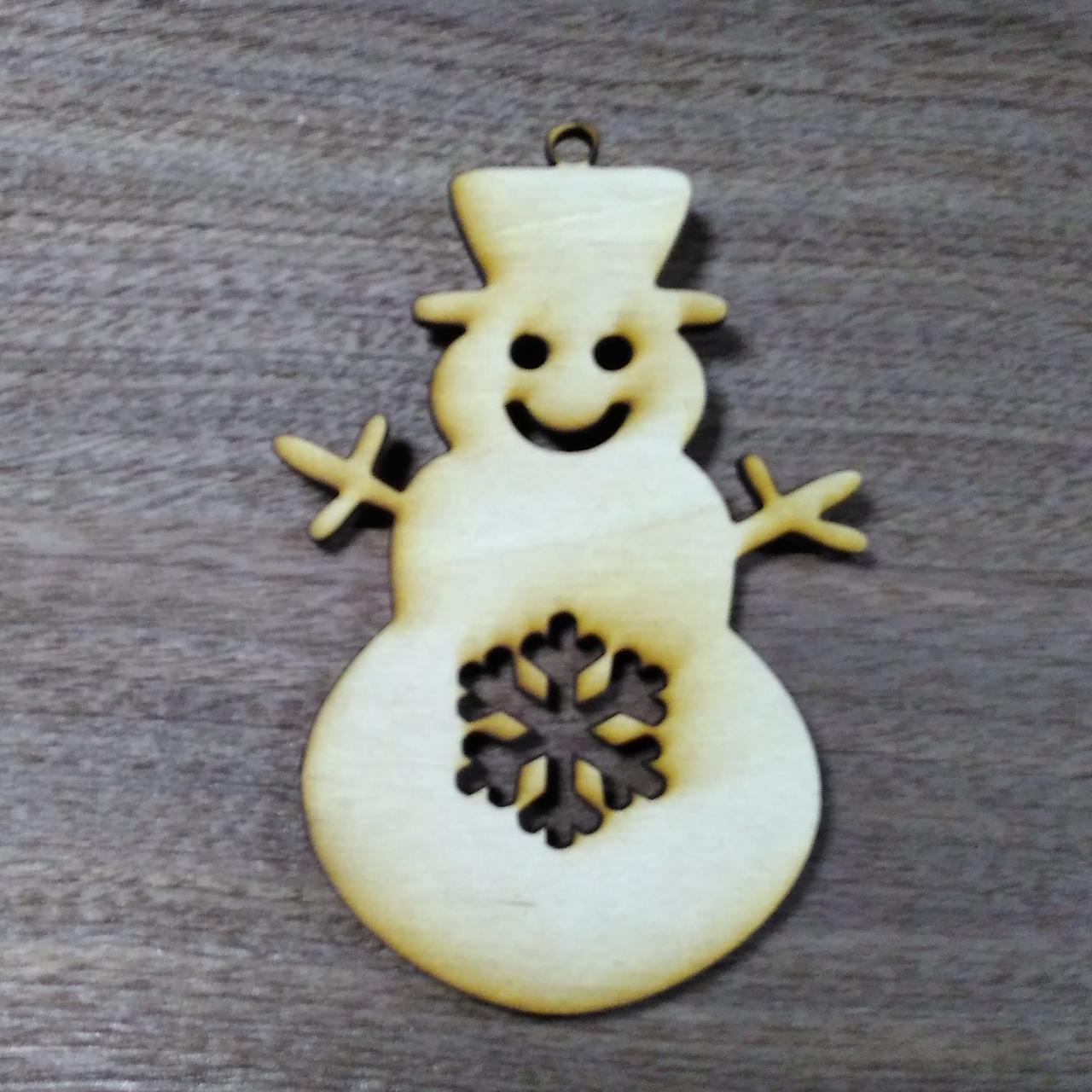Снеговик деревянная резная игрушка