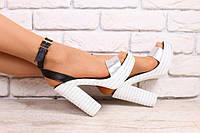 Босоножки женские кожаные на высоком устойчивом каблуке серебристо-черные
