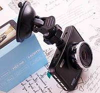 Автомобильный видеорегистратор DVR606
