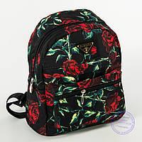 Красивый рюкзак небольшого формата с розами - 114