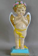 Ангелочек на постаменте